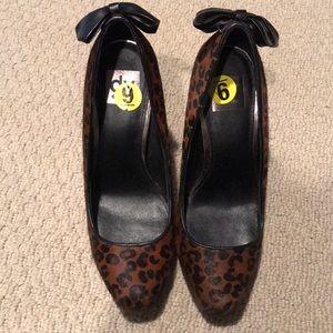 Dolce vita calf fur platform shoe size 9